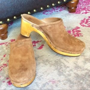 UGG Clogs 8 leather